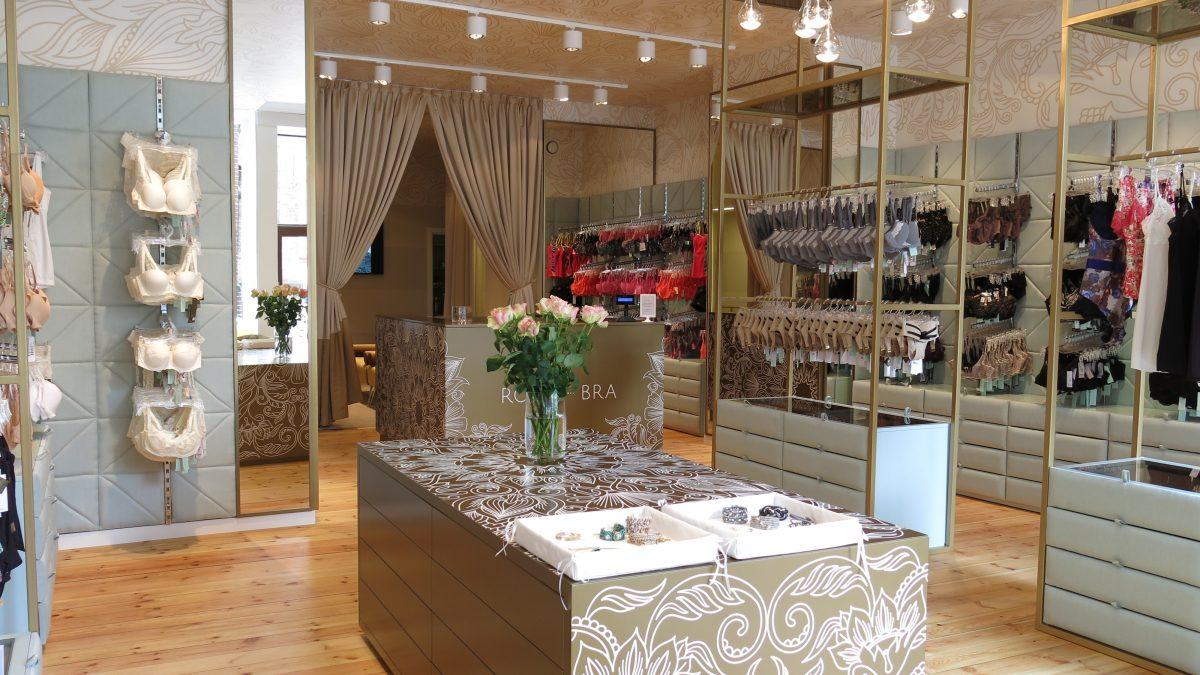 Salon Royal-Bra